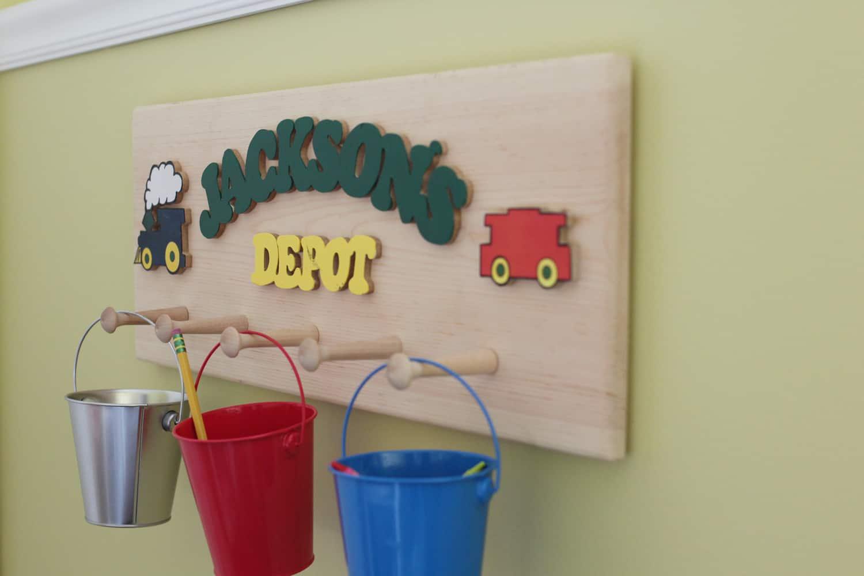 hanging bucket school organization