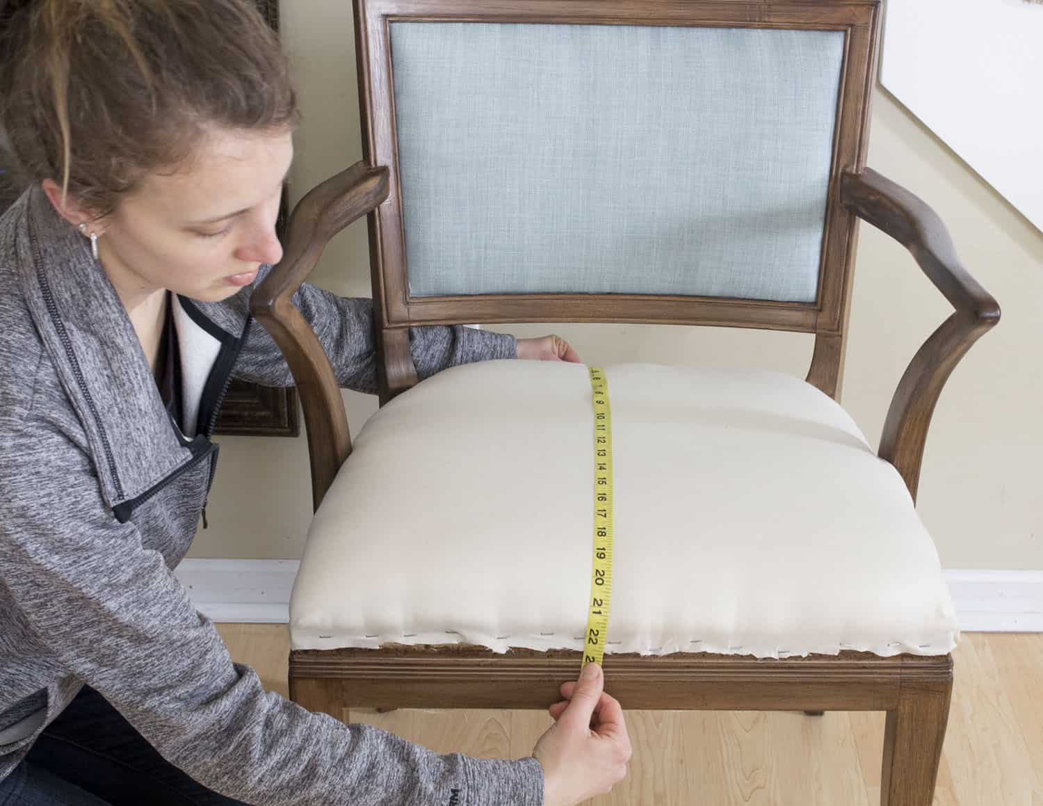 Upholstery Measure for Top Layer