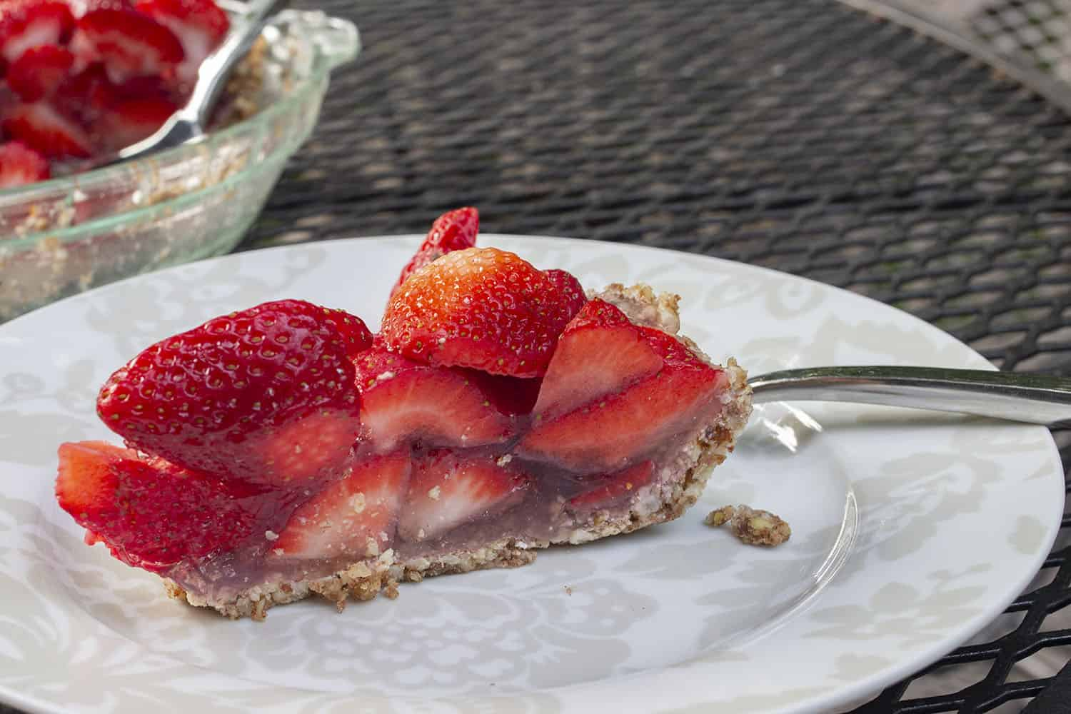 Paleo Fresh Strawberry Pie
