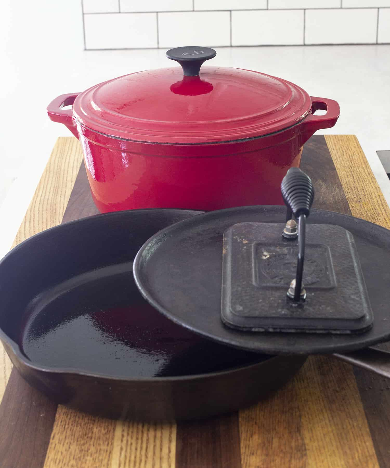 The Cast Iron Pan Dilemma | Ideas and Inspiration for Storing Cast Iron Pans